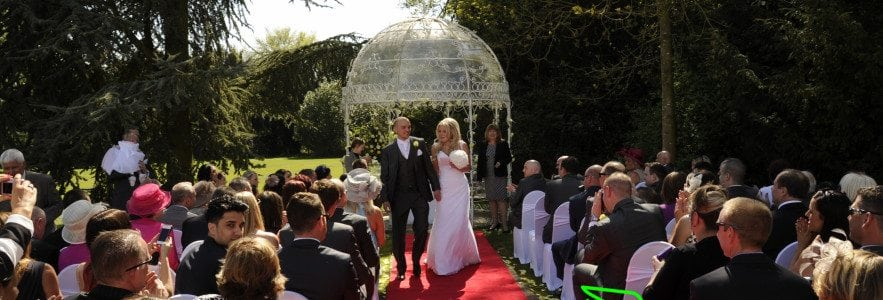 Top 8 venues for outside weddings in Hertfordshire (1)