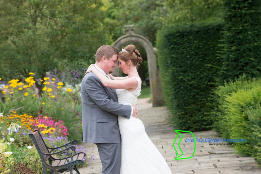 Maxine and Lukes Wedding at Fanhams Hall-20