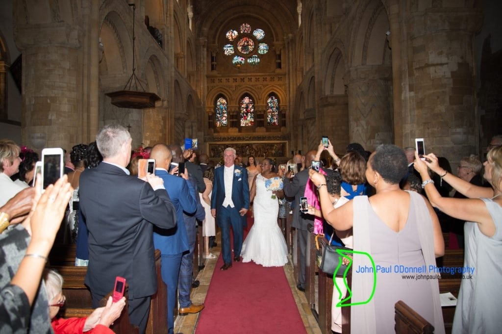 jacqueline-and-kevin-waltham-abbey-church-14