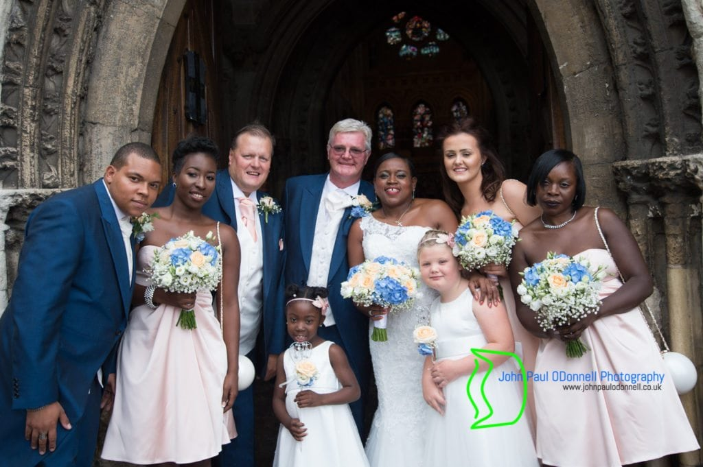 jacqueline-and-kevin-waltham-abbey-church-16