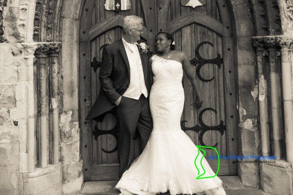 jacqueline-and-kevin-waltham-abbey-church-20