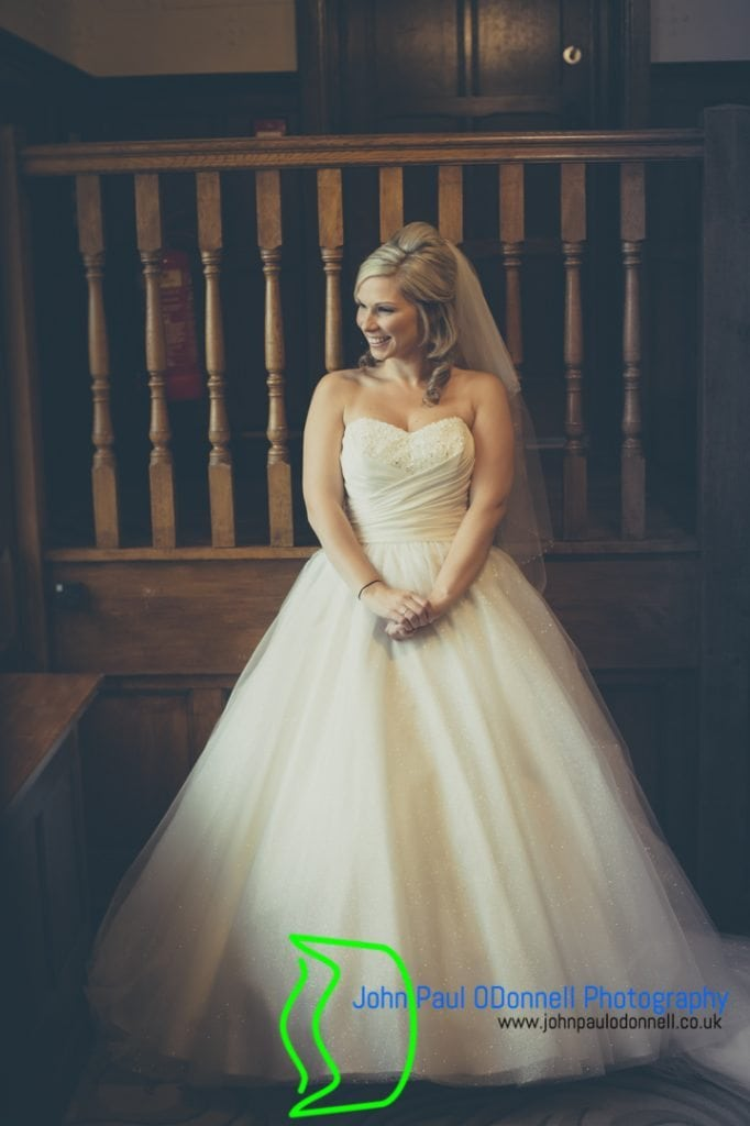 candice-and-dans-winter-wedding-at-fanhams-hall-9