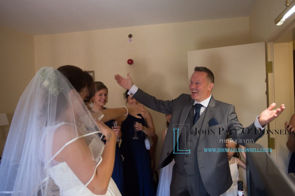 KellKellie and Deans wedding at Forty Hall
