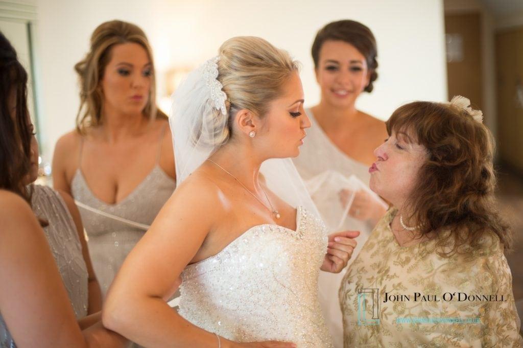 wedding at great hallingbury manor tara and gavin