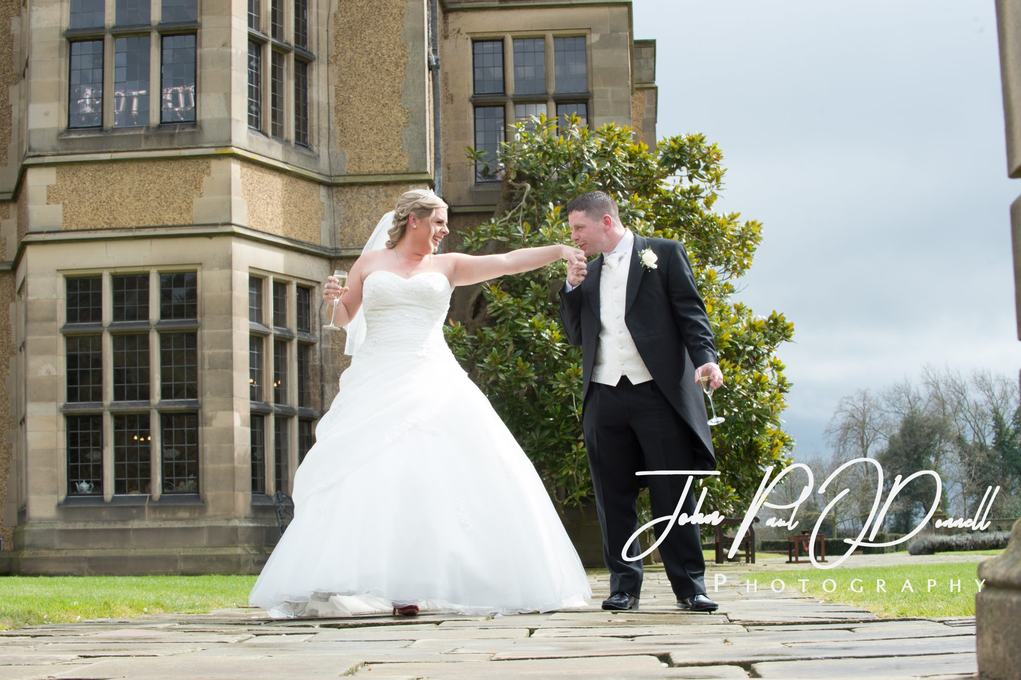 Jenna and Clives Wedding at Fanhams Hall Ware