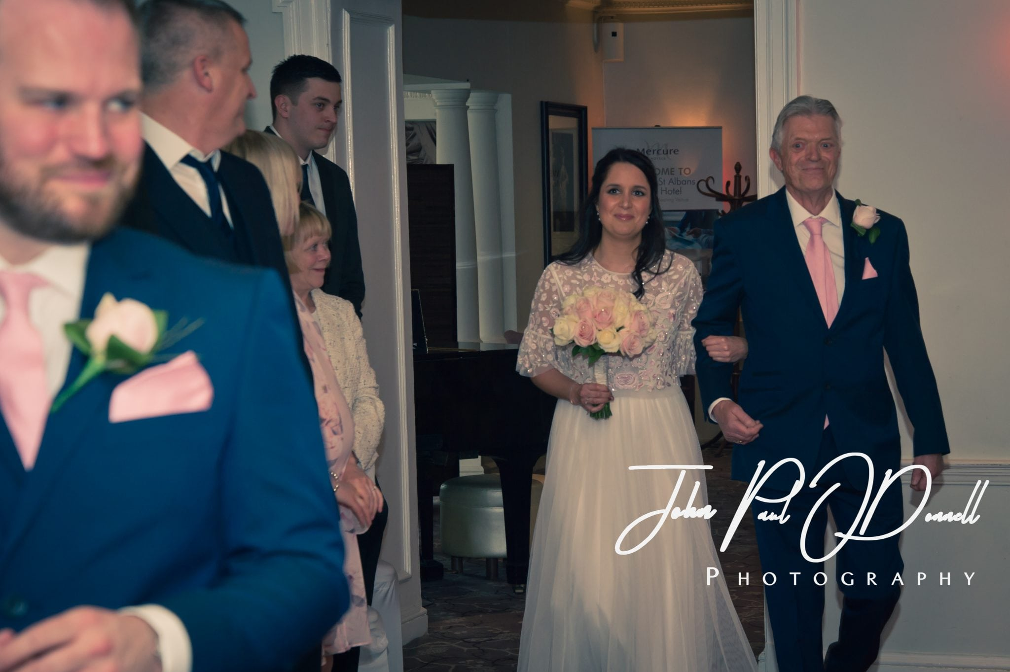 Wedding Photography Mercure Hotel St albans - Anthony and Sarah
