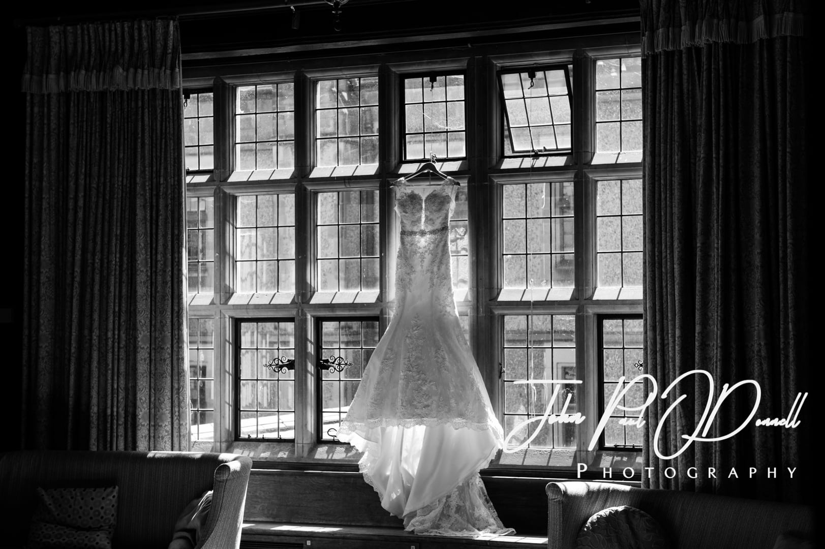 Hannah and Alex's wedding at Fanhams Hall Hertfordshire