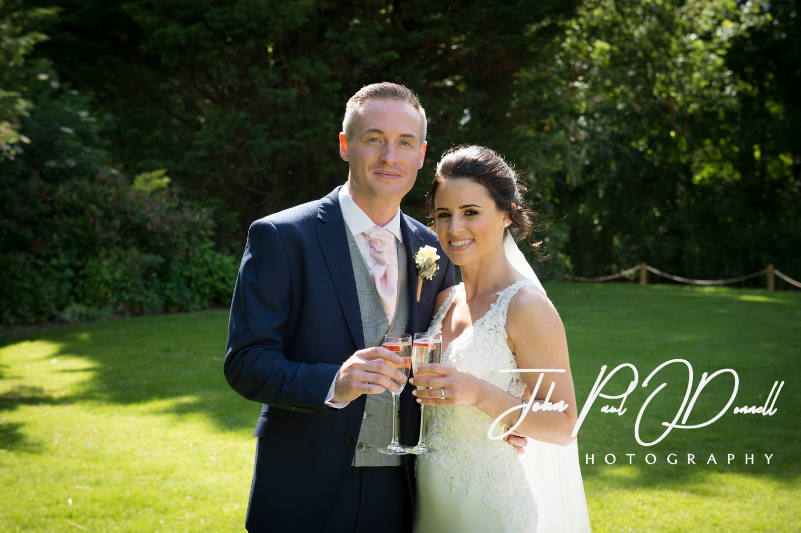 Sarah and Davids wedding at Sheene Mill Royston